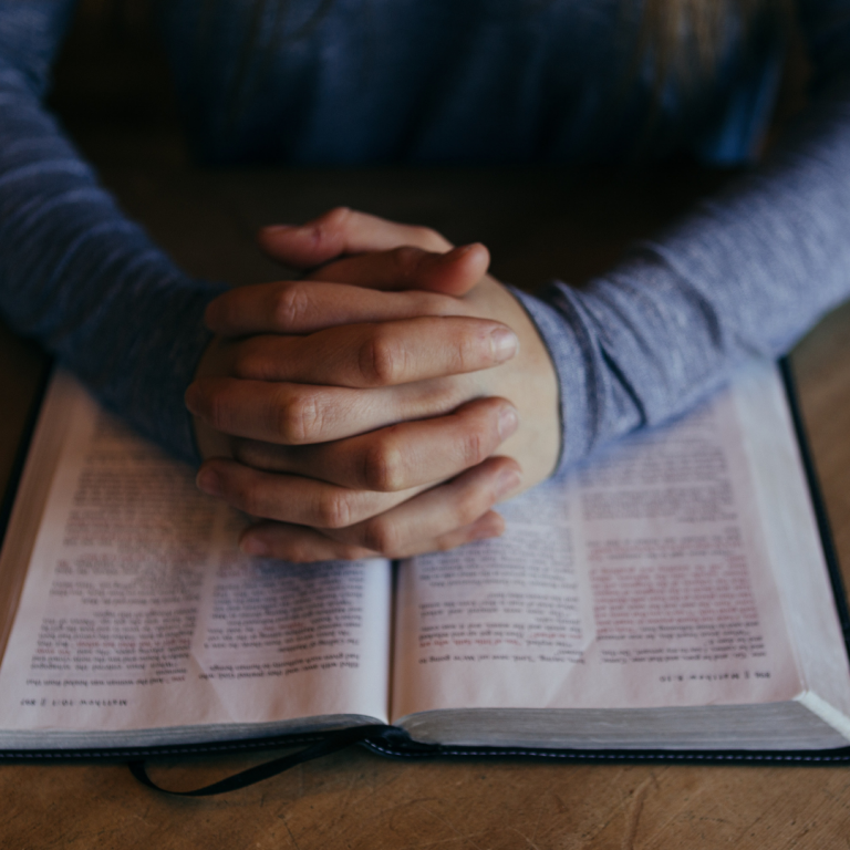 Pray in the Bible